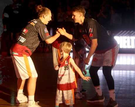 Sensationeller Comeback-Sieg: NINERS drehen Topspiel gegen Hamburg